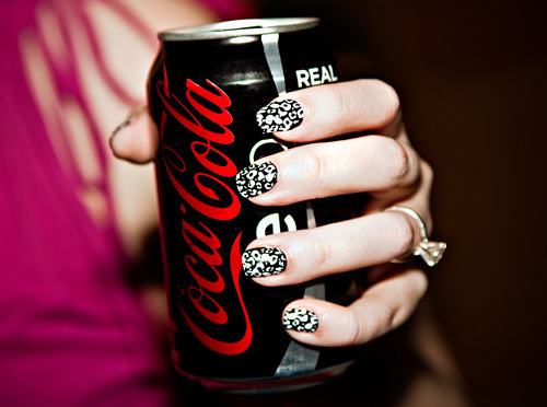 Are you addicted to soda?  I've got tips to help you cut back or eliminate soda entirely!