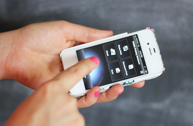 How To Create Awesome Thank You Cards From Your Phone