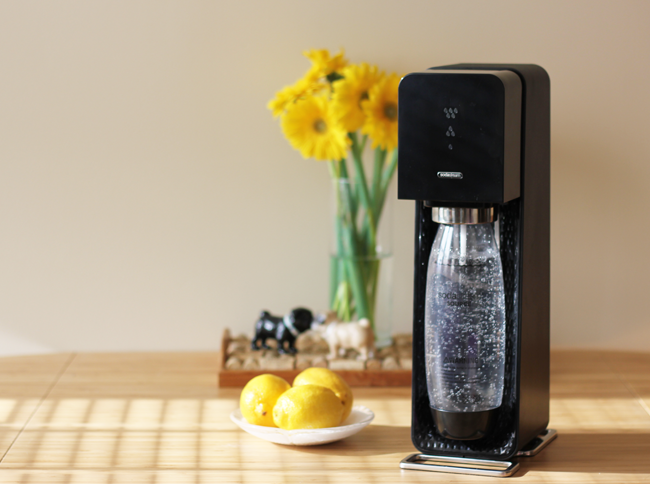 SodaStream from Kohls- less soda in 2015 and more infused fizzy waters!