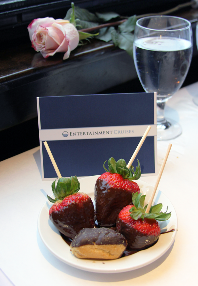 Desserts are exquisite on the Odyssey Chicago brunch cruise…I love chocolate covered strawberries