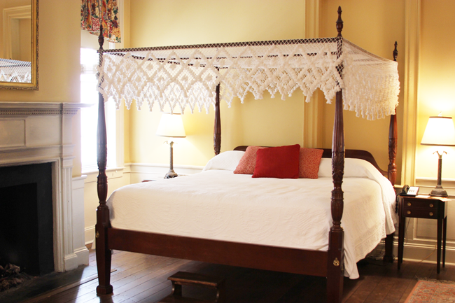 Cozy rooms at the Kings Courtyard Inn Charleston