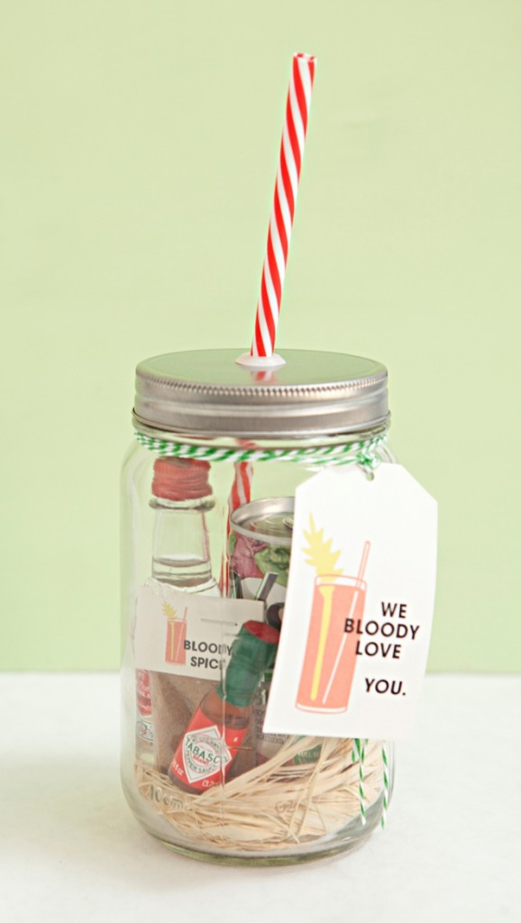 DIY-Mason-Jar-Bloody-Mary-Gift-Spice-Mix-Recipe_0002