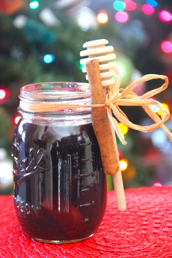 Mulled wine in a mason jar gift