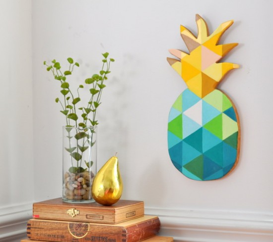 How-to-Paint-a-Geometric-Pineapple-on-Wood